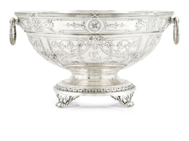 A Gorham sterling silver center bowl, 44 oz troy