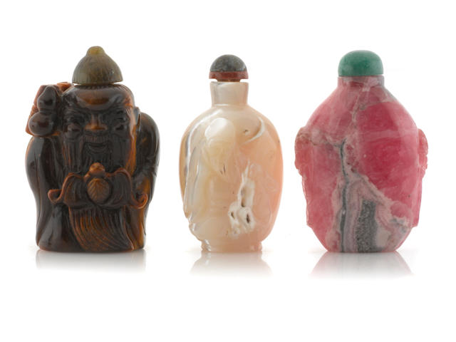 A group of three hardstone snuff bottles