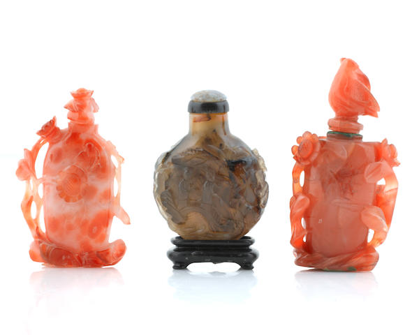 A group of three glass snuff bottles