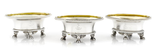 A set of three Regency sterling silver cauldron salt cellars, Paul Storr