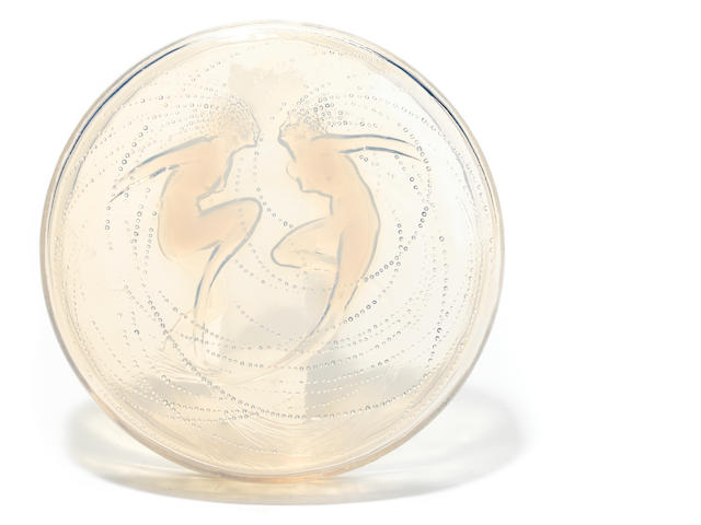 A R. Lalique opalescent and clear glass covered circular box, Deux Sirenes