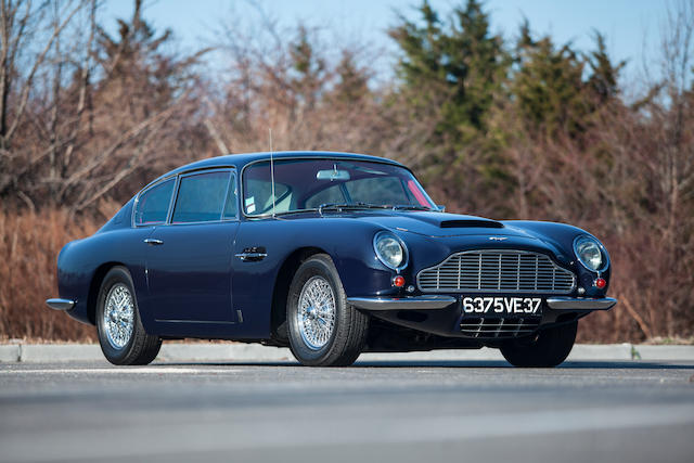 1969 Aston Martin DB6 Coupé  Chassis no. DB6/4037/R Engine no. 400/4131