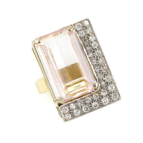 A kunzite, diamond and gold ring