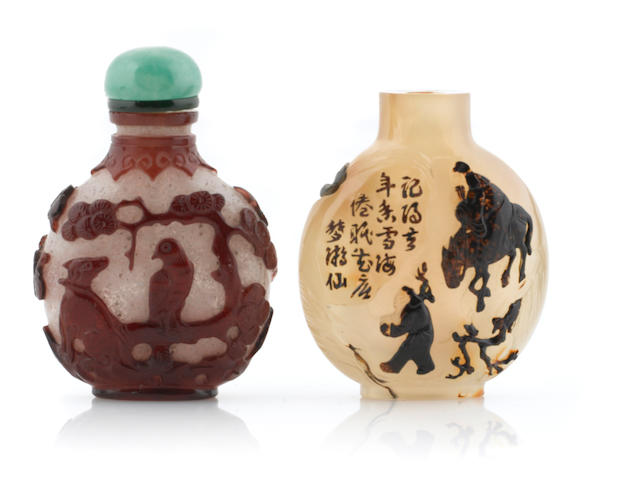 A group of two overlay snuff bottles