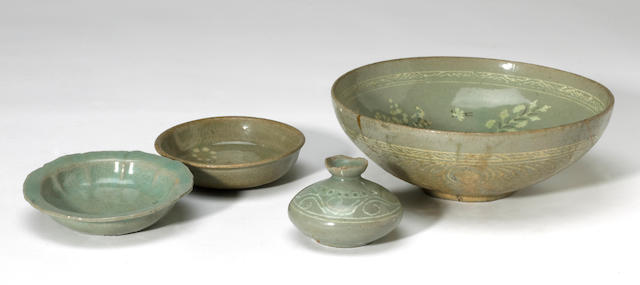 Four Korean celadon cermaics, including an inlaid bowl a small vase, a small dish and an inlaid small dish 12th/13th century