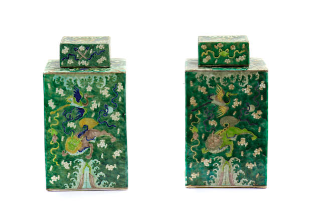 A pair of Chinese famille verte porcelain tea caddies