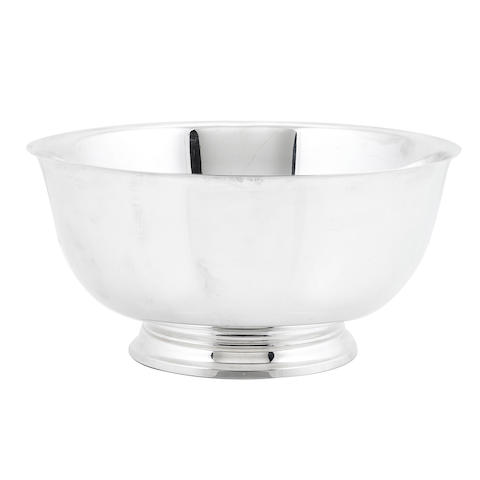 An American sterling silver 'Revere' style footed bowl by Tiffany & Co., New York, NY, modern