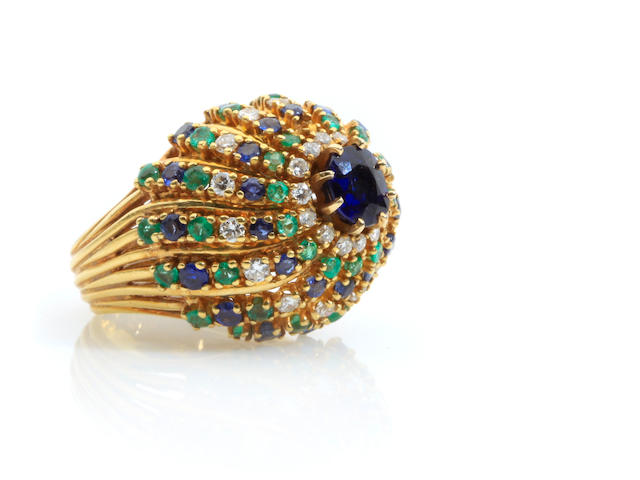 A sapphire, emerald, diamond and 18k gold ring, Cellino