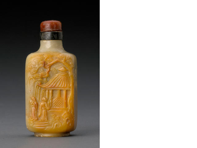 A carved steatite snuff bottle 1820-1880