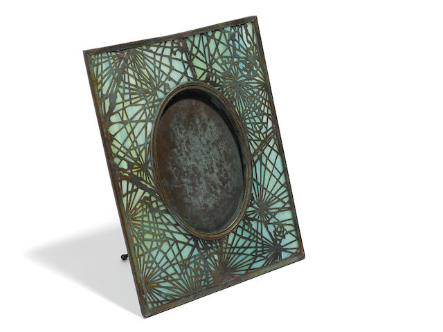 Tiffany Studios 'pine needle' pattern bronze and glass picture frame (no cracks)