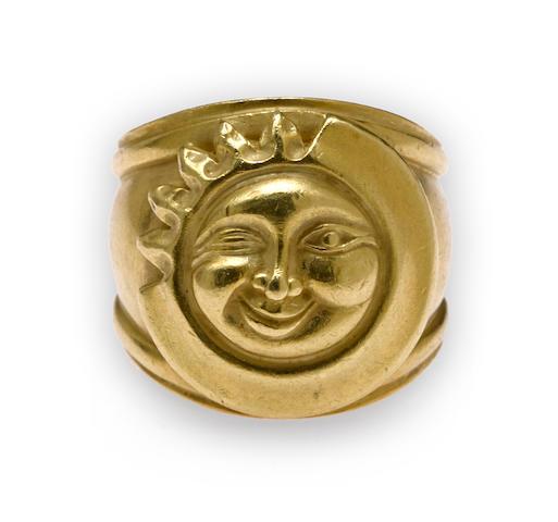 An eighteen karat gold sun and moon ring, Barry Kieselstein-Cord,