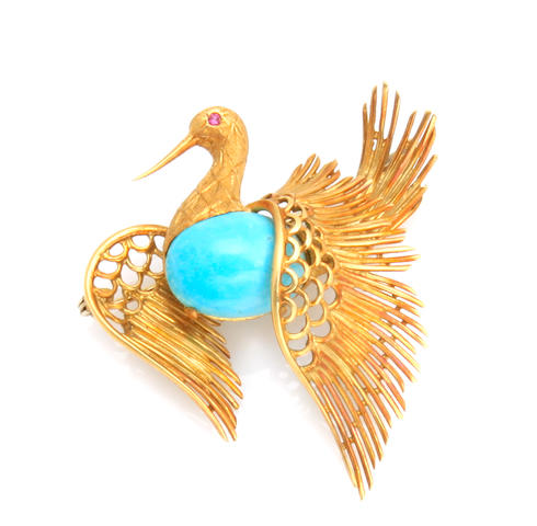 A turquoise and 18k gold swan brooch