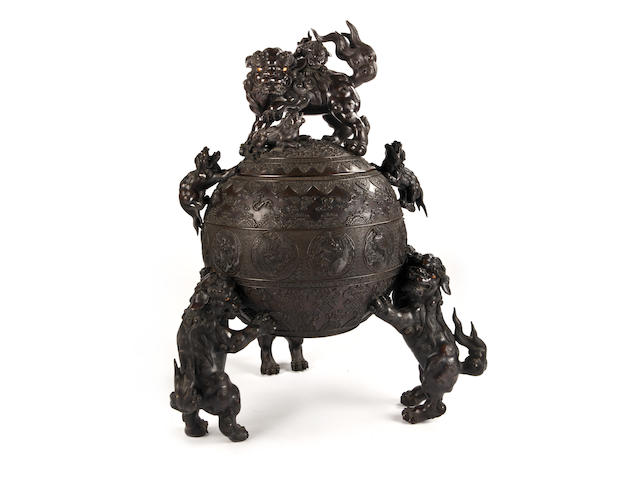 A large and impressive bronze incense burner By Suzuki Masayoshi (1844-?), Meiji period (late 19th century)