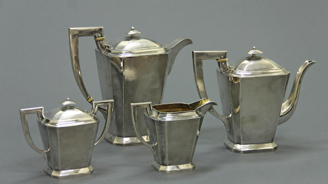 A Chinese export silver four piece tea and coffee set Stamped: MIKI, 20th century  (4)