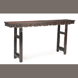 A large hardwood altar table with 100 Antiques design Late Qing/Republic period