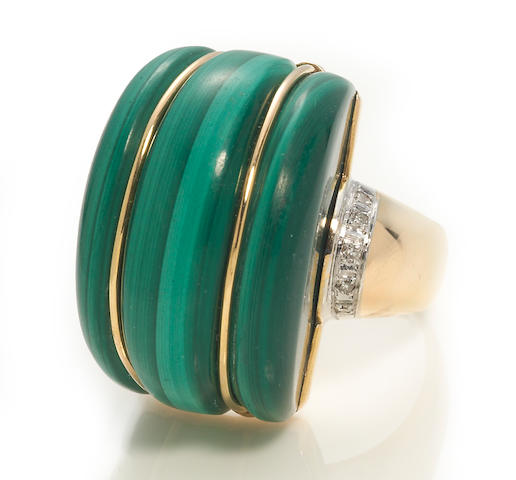 A malachite and diamond ring