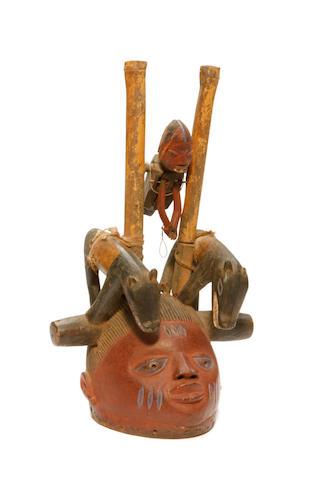 A helmet mask (Gelede)