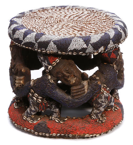 Cameroon beaded seat