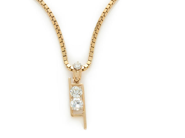 A diamond pendant with chain