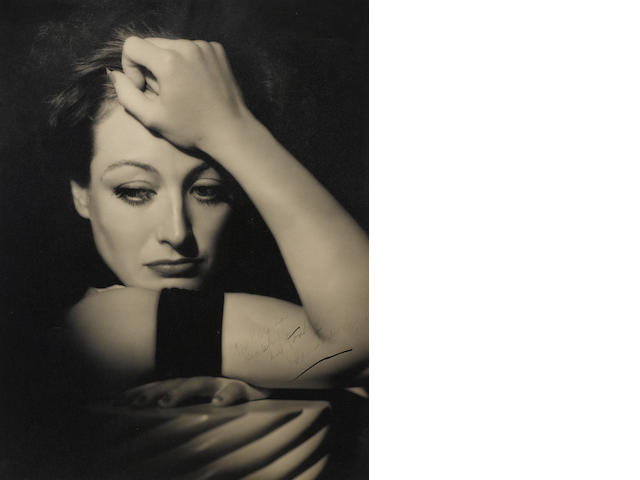 A HURRELL PHOTOGRAPH OF JOAN CRAWFORD, INSCRIBED.