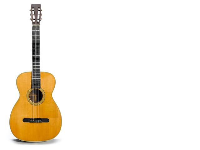 A 1959 Martin 00-28G acoustic guitar