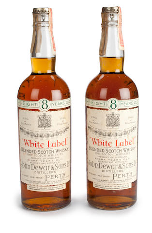 Dewar's White Label- 8 years old