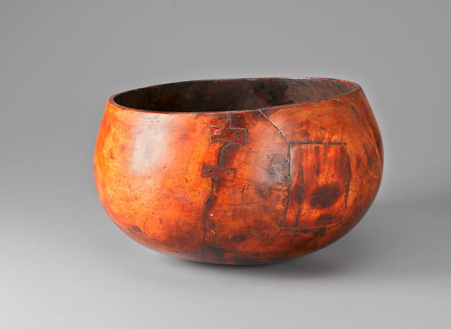 Extremely Large and Rare Bowl, Hawaiian Islands