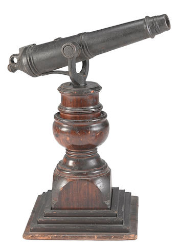 A British iron carronade swivel gun with attribution to the Revolutionary War -Select US Arms Type-