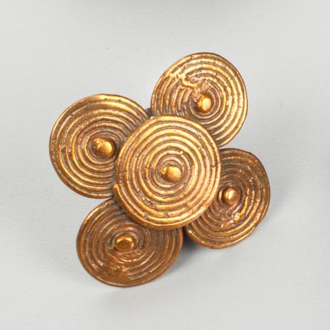 Sidamo Ring, Ethiopia height 1 (2.5cm); width 1 3/4 (4.4cm)