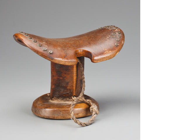 Neckrest, Sudan  height 6in (15.2cm)