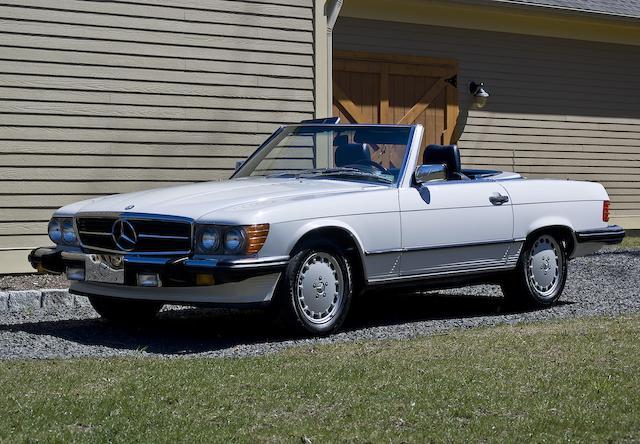 1988 Mercedes-Benz 560SL Convertible  Chassis no. WDBBA48D1JA084134