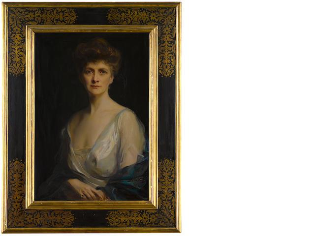 Philip de László (Hungarian, 1869-1937) Portrait of Mrs John W. Davis, née Ellen G. Bassel 82.9 x 57.2 cm. (32 5/8 x 22 1/2 in.)
