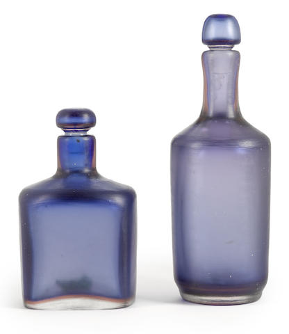 Two Paulo Venini for Venini Inciso glass bottles and stoppers circa 1950