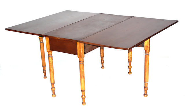 An American Federal walnut and maple drop-leaf table first quarter 19th century