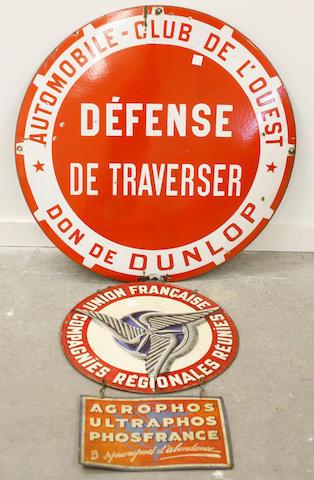 An Automobile Club de Louest sign,