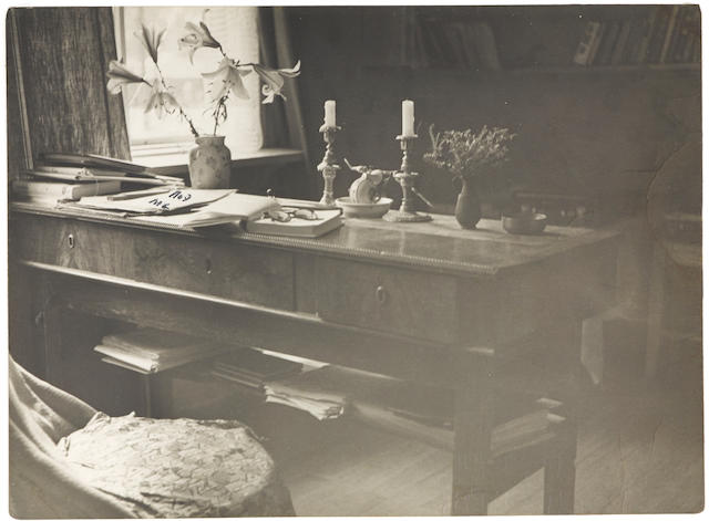Akhmatova photo - writing desk