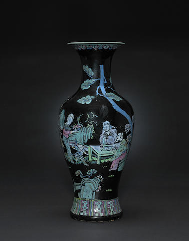 An black enameled ground porcelain vase with overglaze colored slip decoration Late Qing/Republic period