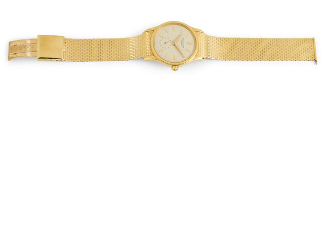 Patek Philippe. A very fine 18K gold automatic bracelet watchRef:3439, Case No.312656, Movement No.1112258, bracelet by Corbett & Bertolone, circa 1965
