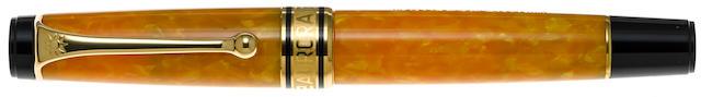 AURORA: Sole Giallo Limited Edition 7500 Fountain Pen