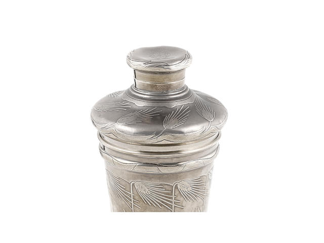An American  sterling silver  cocktail shaker by Tiffany & Co. New York, NY, early 20th century