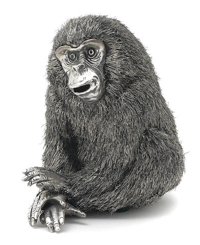 An Italian 800 standard silver figure of a seated monkey by Mario Buccellati, Milan, 20th century