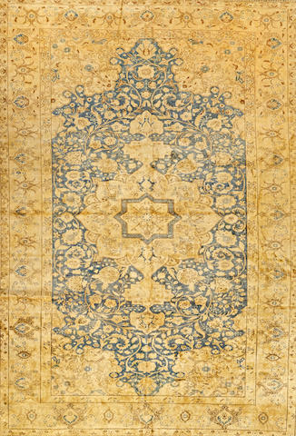 A Sivas rug Turkey size approximately 6ft. 6in. x 9ft. 6in.