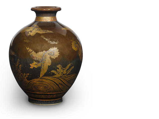 A satsuma vase with dragon