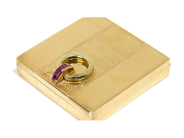An Art Deco 14K yellow gold and ruby compact no maker's mark evident, possibly Italian, circa 1930