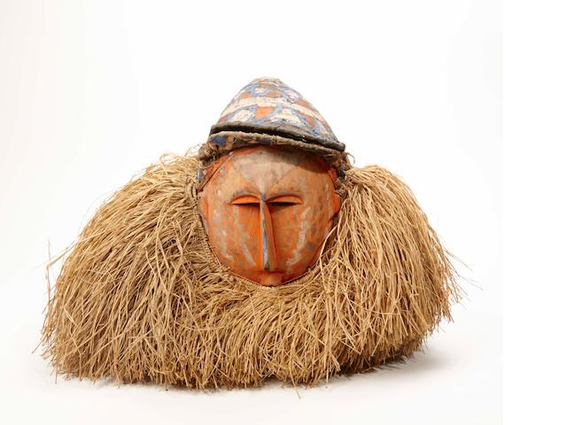 A Suku mask