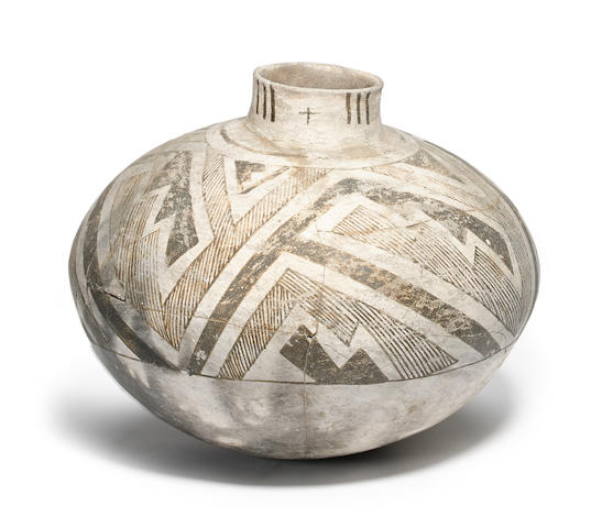 An Anasazi black-on-white jar