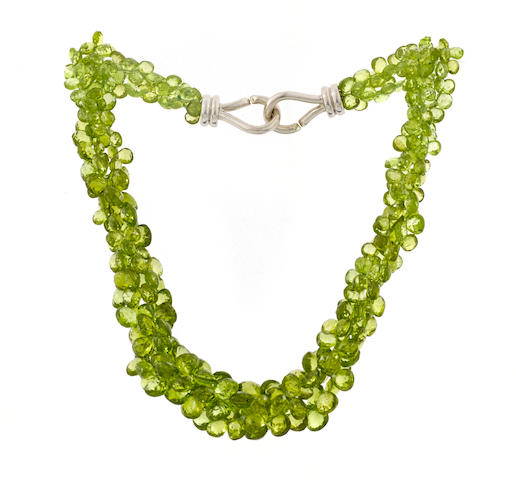 A peridot torsade necklace