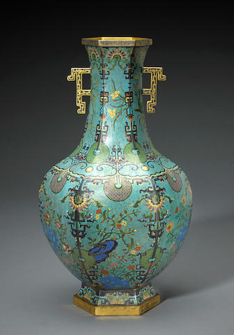 A cloisonné enameled metal vase Qianlong mark, late Qing/Republic period