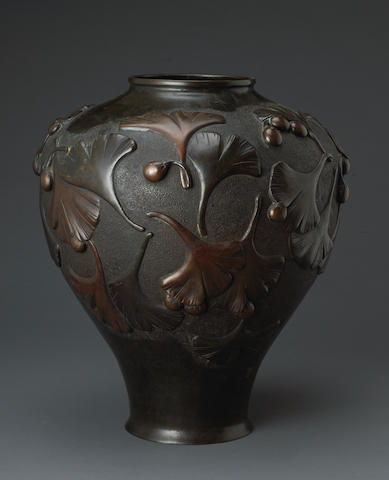 A patinated bronze vase Meiji/Taisho period