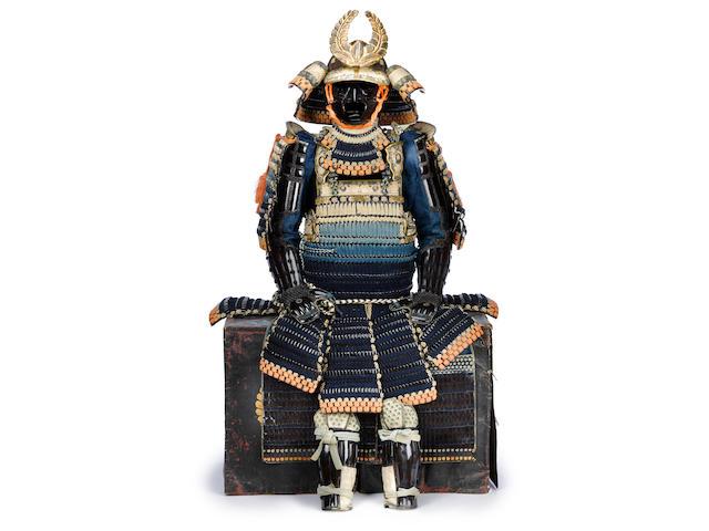 A black lacquer armor with a maru do Late Edo Period (19th century)